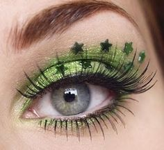 St Pattys Day eye makeup fun! my eyes are green as it is i can only imagine having makeup like this it'd be like POW