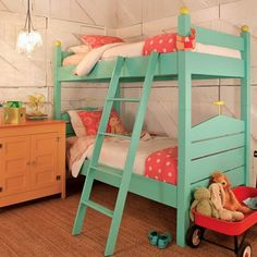 You can also introduce coral and teal hues in a children's bedroom. Bringing together these two colours sets the tone for a modern space that can be dressed up or down with just a few accessories. Add traditional fittings or introduce modern fabrics to keep the bedroom up to date with trends.