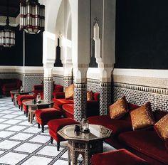 . Moroccan Restaurant, Restaurant Lounge, Bar Lounge, Restaurant Design, Moroccan Design, Moroccan Style, Interior Styling, Interior Design, Arabian Beauty