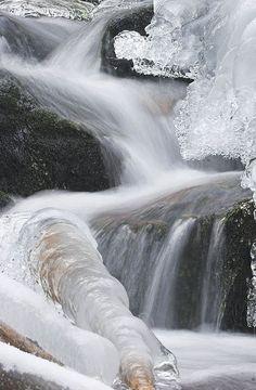 frozen waterfall by hhwenk