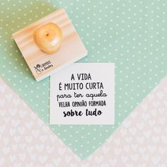 { Carimbo A vida é muito curta } Book Making, Letter Board, Gadgets, Packaging, Lettering, Diy, Donuts, Stamps, Instagram