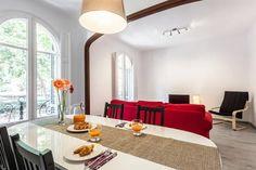 Regardez ce logement incroyable sur Airbnb : Tranquil 3BR next to park Eixample - Appartements à louer à Barcelone