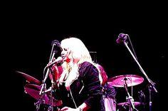 #bonnietyler #gaynorsullivan #gaynorhopkins #thequeenbonnietyler #therockingqueen #rockingqueen #music #rock #2013 #concert #rome #harleydavidson