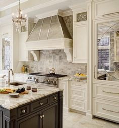 Will you look at those mirrored refrigerator panels … How special is that! | by @drurydesignkb