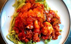 Kyllingeboller i tomatsauce