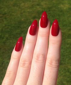 Not just for the prom, these red nails are perfect for any special occasion.