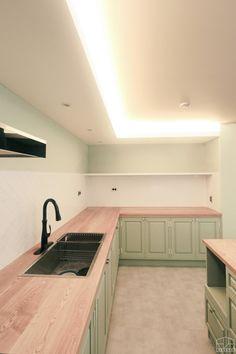 주방은 요리하는 곳? 단순히 요리를 하는 목적 이외의 공간으로 생각할 수 없었던 예전과 다르게, 요즘엔 ... Storage, Interior, Furniture, Home Decor, Homemade Home Decor, Indoor, Larger, Home Furnishings, Decoration Home