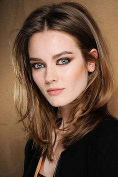 Vielfalt total: Frisuren für mittellange Haare - Vielfalt total: Frisuren für mittellange Haare -