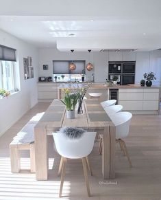 Minimalist Home Design Sleep minimalist bedroom art kids rooms.Minimalist Decor Scandinavian Simple minimalist home interior tips. Dining Table In Kitchen, Kitchen Living, Dining Area, Kitchen Modern, Rustic Kitchen, Dining Room Design, Dining Room Furniture, Room Chairs, Ikea Dining Room
