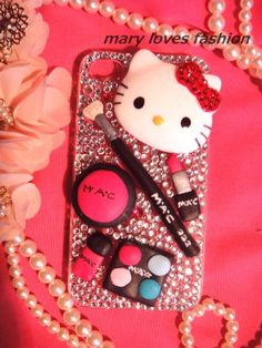 When #uCAKE did you ever imagine it could ever end up here? #Hello Kitty #MAC makeup. OMG!!!!!