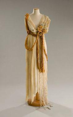 """Costume disegnato da Gabriella Pescucci, realizzato dalla Sartoria Tirelli nel 1998, indossato da una comparsa nel ruolo di """"Fata"""" per il film  Sogno di una Notte di Mezza Estate regia di Michael Hoffman"""