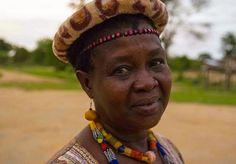 Theresa Kachindamoto, supervisora de um distrito em Malawi, país da África, se destaca como uma líder feminista ajudando mulheres e garotas de sua comunidade. Nos últimos 3 anos, ela já anulou mais de 850 casamentos forçados, colocou meninas na escola e começouuma lutapara abolir rituais que iniciam crianças sexualmente. Mais da metade...