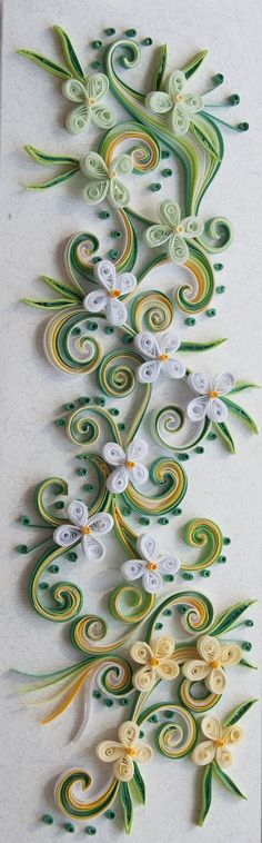Toilet Paper Roll Art, Rolled Paper Art, Home Crafts, Diy And Crafts, Arts And Crafts, Paper Crafts, Quilling Jewelry, Quilling Art, Paper Quilling Tutorial
