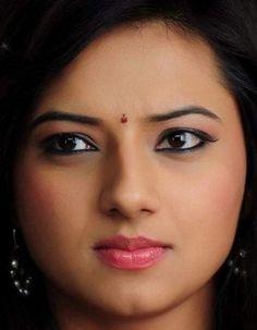 Beautiful Girl Indian, Beautiful Girl Image, Most Beautiful Indian Actress, Beautiful Eyes, Cute Beauty, Beauty Full Girl, Beauty Women, Indian Eyes, Indian Actress Images