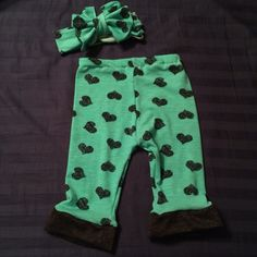 Mint and black heart leggings and head wrap! So cute!