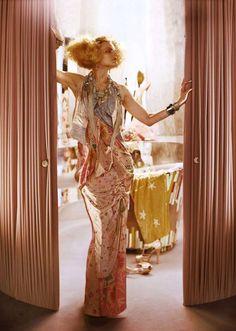 """L'Air Du Temps"" : Guinevere Van Seenus : Vogue UK April 2011 : Javier Vallhonrat Guinevere Van Seenus, Fashion Prints, Fashion Design, Vogue Uk, Prom Dresses, Formal Dresses, Fashion Pictures, Supermodels, Editorial Fashion"