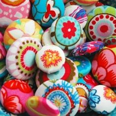 Holland Fabric House buttons