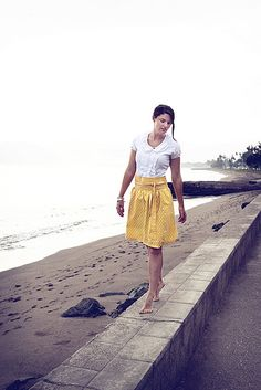 Sunny Skirt Tutorial - very cute AND DIY? Can life get better? I need to designate a sewing night...