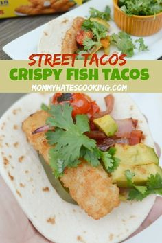 It's time for some backyard fun and these delicious Crispy Fish Street Tacos! These are made with Gorton's Fish Sticks and just one foil pack makes 3 street tacos, perfect for backyard eating! Easy To Make Dinners, Cheap Dinners, Quick Meals, Seafood Recipes, Mexican Food Recipes, Healthy Recipes, Top Recipes, Sweet Recipes, Easy Recipes