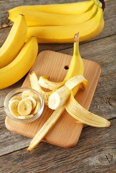 La peau de banane est pour beaucoup, dans l'imaginaire, synonyme de gag : je pense qu'on a en effet tous en tête les chutes que pouvaient faire nos héros de BD en glissant sur les peaux de bananes. Et hormis cet usage, peu d'entre nous savent vraiment quoi en faire, ni comment les recycler. Pour …