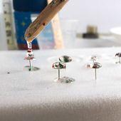 Christmas Glitter DIY Resin Stud Earrings and Pendants – Resin Crafts – epoxy resin DIY Ruby Jewelry, Jewelry For Her, Resin Jewelry, Crystal Jewelry, Jewelry Ideas, Fine Jewelry, Diamond Jewelry, Craft Jewelry, Jewellery Box