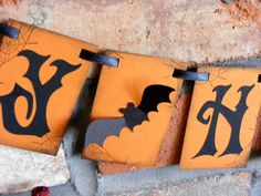 Hey, I found this really awesome Etsy listing at http://www.etsy.com/listing/110648993/ready-to-ship-happy-halloween-banner