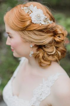 'Language of Flowers' - The Botanical 2017 Collection from Edera - Chic Vintage Brides Wedding Hair Flowers, Hair Comb Wedding, Headpiece Wedding, Bridal Headpieces, Flowers In Hair, Wedding Blush, Bridal Flowers, Wedding Garters, Floral Headpiece