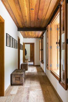 Casa de campo construída para apreciar a Serra da Mantiqueira - Constance Zahn Future House, My House, My Dream Home, Architecture Design, House Plans, Sweet Home, New Homes, Lounge, House Design