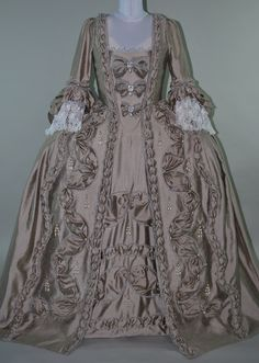 Century Rococo Gown Robe a la Francaise Eschelle Stomacher Vintage Outfits, Vintage Gowns, Vintage Mode, 1800s Dresses, Old Dresses, 18th Century Dress, 18th Century Fashion, 19th Century, Tudor Costumes
