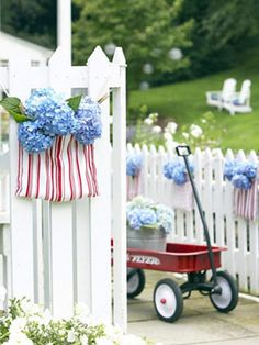Fourth of July Party Decorations - Flowers in a kitchen towel!