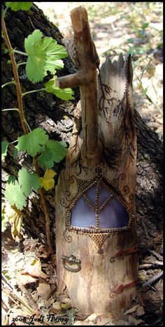 fairy door - use wood burning tool directly on the stump!