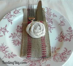 Shabby Chic Cutlery Holders at FeedingBig.com