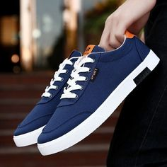 Men shoes 2018 new fashion students white board shoes men canvas shoes trend of breathable casual shoes tenis masculino adulto From Touchy Style Outfit Accessories. Black Sneakers, Men Sneakers, Shoes Men, Shoes Sport, Mens Casual Sneakers, Ladies Shoes, Men's Shoes, Sneakers Fashion, Fashion Shoes