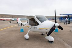 China's Second Electric Airplane Takes Flight - EVWORLD.COM