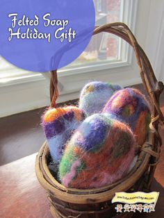 Looking for a gift idea to give your daycare parents?  Parents enjoy receiving a beautiful gift their child made with their own hands.  Here's a gift that even a two year old can make with su…