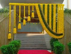 66 ideas wedding backdrop indian mehndi decor for 2019 Desi Wedding Decor, Wedding Hall Decorations, Marriage Decoration, Wedding Mandap, Wedding Vows, Backdrop Wedding, Wedding Stage Design, Arch Wedding, Wedding Ideas