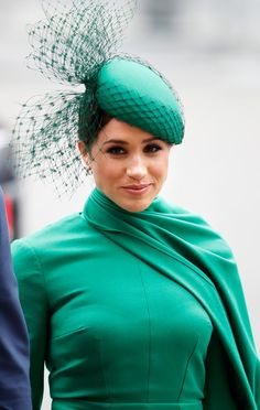 Meghan, Duchess of Sussex's Commonwealth Day look bore a similar resemblance to an outfit worn by her late mother-in-law, Princess Diana. Royal Life, Cape Dress, Westminster Abbey, Green Satin, Duke And Duchess, Meghan Markle, Princess Diana, Queen Elizabeth, Kate Middleton