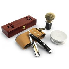Gift Set - Professional Razor mahogany - wooden box, silver badger shaving brush, shaving soap and strop The Art Of Shaving, Shaving Set, Shaving Brush, Wet Shaving, Straight Blade Razor, Straight Razor Shaving, Shaving Razor, Straight Cut, Shaving & Grooming