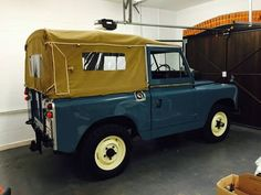 "Landrover Series 2a 88"" soft top For Sale (1968)"