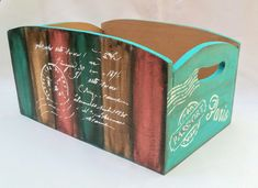 Fun Crafts, Diy And Crafts, Wooden Boxes, Wood Grain, Painting On Wood, Chalk Paint, Wood Art, Stencils, Projects To Try