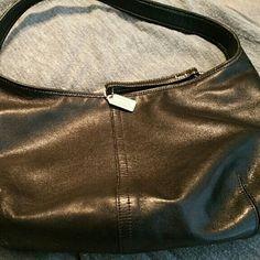 "Black Leather Coach Purse Baguette Black leather single handle top zipper. 2 small inside pockets 1 zipper pocket. Brown and black signature lining No. J2K-9219 16"" x 13"" Coach Bags Mini Bags"