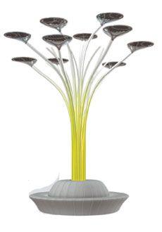 O ecológico sistema de iluminação pública Bodh Gaya traz painéis solares que alimentam leds: http://abr.io/39ye