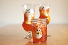 If you've been paying close attention, then you probably already know where I derived the inspiration for these ghostly goodies. Remember these cloud parfaits? As soon as I saw them I knew I wanted to put my own spin on them and try to make Halloween ghosts.   The problem was the photo, like too …