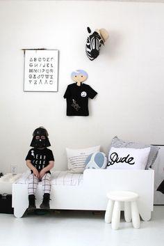 | black & white |