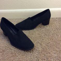 Black villager heels Black villager heels sz 8 1/2. Stretch material. Villager by Liz Claiborne Shoes Heels