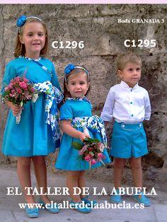 Ropa de niños. Vestidos de ceremonia realizados en piqué azul con estampados. Colección de El Taller de la Abuela. Imagen cedida por Luna Lunetta