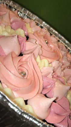 Food Cravings, Junk Food, Chocolate Cake, Icing, Desserts, Chicolate Cake, Tailgate Desserts, Chocolate Cobbler, Deserts