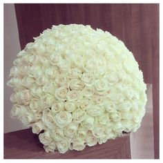 these white roses are for Katniss! Floral Centerpieces, Floral Arrangements, Amazing Flowers, Beautiful Flowers, Wedding Bouquets, Wedding Flowers, Rose Pictures, Unusual Plants, Passion Flower