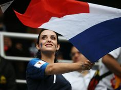 """Ozymandias🇫🇷 on Twitter: """"#FinalRusia2018 #FRACRO #FIFA18 come on... team France 🇫🇷🇫🇷🇫🇷👏👏👏… """" Fifa Football, Football Fans, Funny Football, World Cup Russia 2018, Most Popular Games, Fifa World Cup, Entertaining, Beautiful, Gorgeous Girl"""