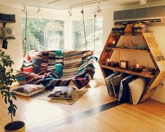 The Stylish Gypsy How cool would this be if it was in a sitting room or even in a loft to be used as a reading nook.